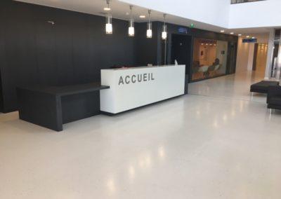 CHU Poitiers Centre neuro-cardio-vasculaire. Sols coulés (2016)